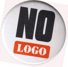 """Zum 50mm Button """"No logo"""" für 1,20 € gehen."""