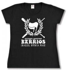 """Zum tailliertes T-Shirt """"Defiende nuestros Barrios"""" für 13,65 € gehen."""