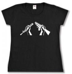 """Zum tailliertes T-Shirt """"Zerbrochenes Gewehr"""" für 14,00 € gehen."""