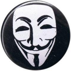 """Zum 25mm Button """"Anonymous"""" für 0,80 € gehen."""