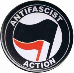 """Zum 25mm Button """"Antifascist Action (schwarz/rot)"""" für 0,80 € gehen."""