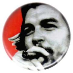 """Zum 25mm Button """"Che Guevara (Zigarre)"""" für 0,80 € gehen."""