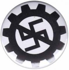 """Zum 25mm Button """"EBM gegen Nazis"""" für 0,80 € gehen."""