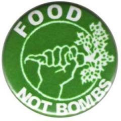"""Zum 25mm Button """"Food not bombs"""" für 0,80 € gehen."""