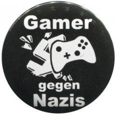 """Zum 25mm Button """"Gamer gegen Nazis"""" für 0,80 € gehen."""