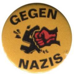 """Zum 25mm Button """"Gegen Nazis - gelb"""" für 0,80 € gehen."""