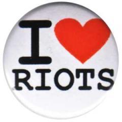"""Zum 25mm Button """"I love riots"""" für 0,80 € gehen."""