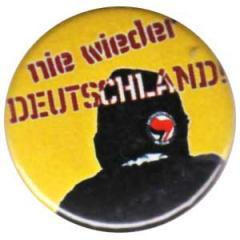 """Zum 25mm Button """"Nie wieder Deutschland!"""" für 0,80 € gehen."""