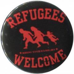 """Zum 25mm Button """"Refugees welcome (rot)"""" für 0,80 € gehen."""
