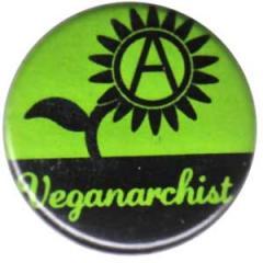 """Zum 25mm Button """"Veganarchist"""" für 0,80 € gehen."""