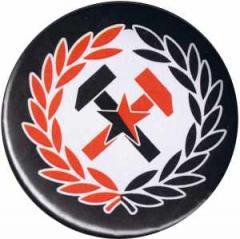 """Zum 25mm Button """"Working Class Hammer (rot/schwarz)"""" für 0,78 € gehen."""