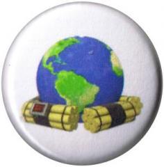 """Zum 25mm Button """"Zeitbombe Erde"""" für 0,80 € gehen."""