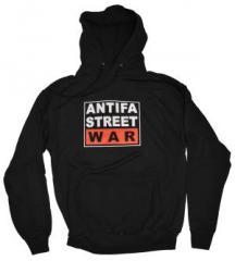 """Zum Kapuzen-Pullover """"Antifa Street War"""" für 30,00 € gehen."""