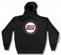 """Zum Kapuzen-Pullover """"Ibiza Ibiza Antifascista (Schrift)"""" für 28,00 € gehen."""