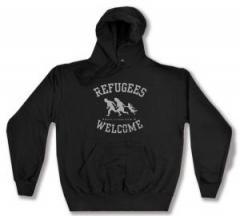 """Zum Kapuzen-Pullover """"Refugees welcome (schwarz/grauer Druck)"""" für 28,00 € gehen."""
