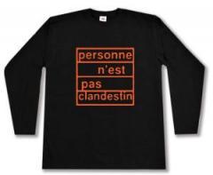 """Zum Longsleeve """"personne n´est pas clandestin (orange)"""" für 13,00 € gehen."""