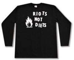 "Zum Longsleeve ""Riots not diets"" für 13,00 € gehen."