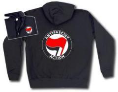 """Zur Kapuzen-Jacke """"Antifascist Action (rot/schwarz)"""" für 29,24 € gehen."""