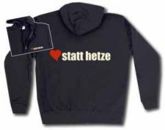 """Zur Kapuzen-Jacke """"herz statt hetze"""" für 30,00 € gehen."""