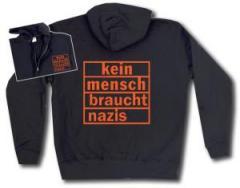 """Zur Kapuzen-Jacke """"kein mensch braucht nazis (orange)"""" für 30,00 € gehen."""