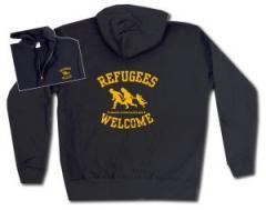 """Zur Kapuzen-Jacke """"Refugees welcome"""" für 29,24 € gehen."""