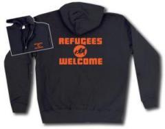 """Zur Kapuzen-Jacke """"Refugees welcome (Quer)"""" für 29,24 € gehen."""