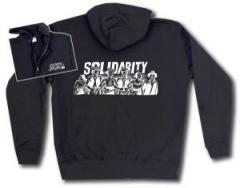 """Zur Kapuzen-Jacke """"Solidarity"""" für 30,00 € gehen."""