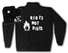 """Zum Sweat-Jacket """"Riots not diets"""" für 26,32 € gehen."""