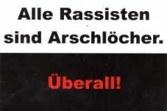 """Zur Postkarte """"Alle Rassisten sind Arschlöcher. Überall."""" für 1,00 € gehen."""