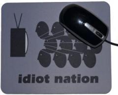 """Zum Mousepad """"Idiot Nation"""" für 7,00 € gehen."""