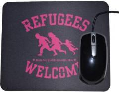"""Zum Mousepad """"Refugees welcome (pink)"""" für 7,00 € gehen."""