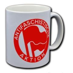 """Zur Tasse """"Antifaschistische Aktion (1932, rot/rot)"""" für 10,00 € gehen."""
