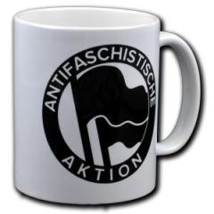 """Zur Tasse """"Antifaschistische Aktion (1932) schwarz/schwarz"""" für 10,00 € gehen."""