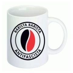 """Zur Tasse """"Barista Barista Antifascista (Bohne)"""" für 10,00 € gehen."""