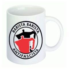 """Zur Tasse """"Barista Barista Antifascista (Moka)"""" für 9,75 € gehen."""