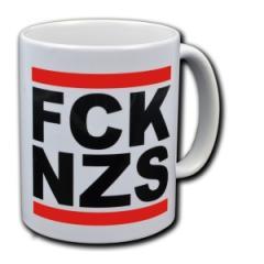 """Zur Tasse """"FCK NZS"""" für 9,75 € gehen."""