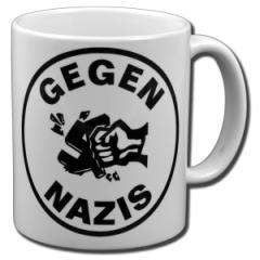"""Zur Tasse """"Gegen Nazis (rund)"""" für 9,75 € gehen."""