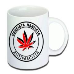 """Zur Tasse """"Hanfista Hanfista Antifascista"""" für 9,75 € gehen."""