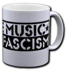 """Zur Tasse """"Love Music Hate Fascism"""" für 9,75 € gehen."""