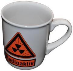 """Zur Tasse """"Radioaktiv"""" für 10,00 € gehen."""