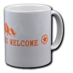 """Zur Tasse """"Refugees welcome (Stern)"""" für 9,75 € gehen."""
