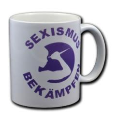 """Zur Tasse """"Sexismus bekämpfen"""" für 9,75 € gehen."""
