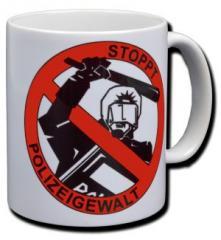 """Zur Tasse """"Stoppt Polizeigewalt"""" für 9,75 € gehen."""