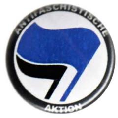 """Zum 25mm Magnet-Button """"Antifaschistische Aktion (blau/schwarz)"""" für 2,00 € gehen."""