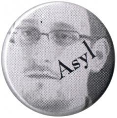 """Zum 25mm Magnet-Button """"Asyl for Snowden"""" für 2,00 € gehen."""
