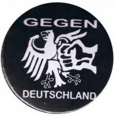 """Zum 25mm Magnet-Button """"Gegen Deutschland"""" für 2,00 € gehen."""