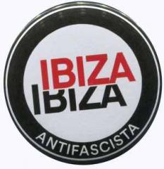 """Zum 25mm Magnet-Button """"Ibiza Ibiza Antifascista (Schrift)"""" für 2,00 € gehen."""