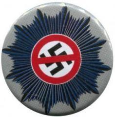 """Zum 25mm Magnet-Button """"Nazis raus aus dem Staatsapparat"""" für 2,00 € gehen."""