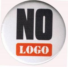 """Zum 25mm Magnet-Button """"No logo"""" für 1,95 € gehen."""