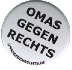 """Zum 25mm Magnet-Button """"Omas gegen Rechts"""" für 2,00 € gehen."""